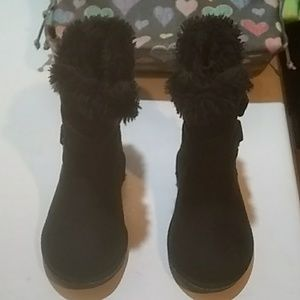 Air Walk Kids UGG Boots Size 7 Toddler. Like New!